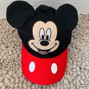 Kids Mickey Mouse hat with Mickey face in front